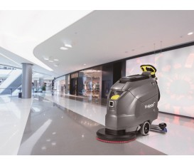 低速洗地机