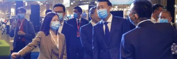 Yinlong debuted Macau Auto Show, building an intelligent energy green city